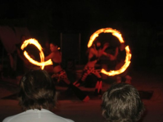 Azul Beach Resort The Fives: More fire show