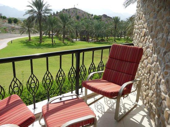 JA Hatta Fort Hotel: Der Balkon