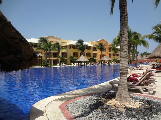 Barcelo Maya Palace: Pool