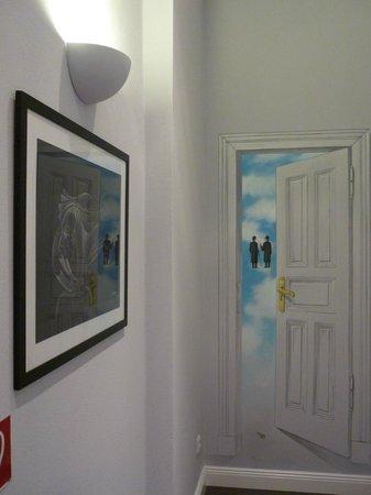 Hommage à Magritte: Flur