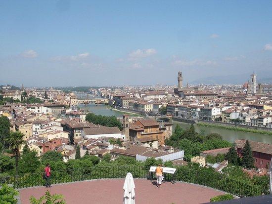 Norcenni Girasole Club: Florence