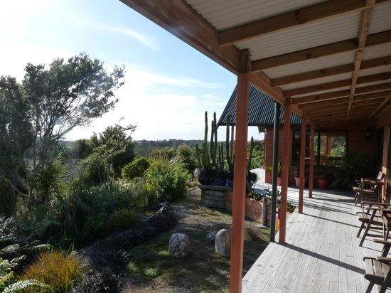 Birds Ferry Lodge: The verandah