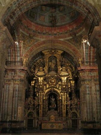 Monasterio de San Martín Pinario: The Altar also called El Retablo.