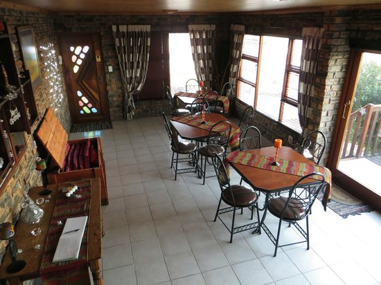 White Shark Guest House: common dining area