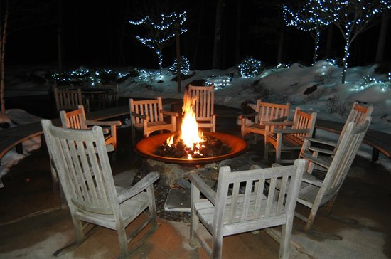 The Lodge at Woodloch: Firepit