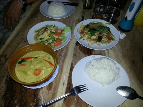 Chill:                   Green curry, chicken & ginger and Pad Ke Mao
