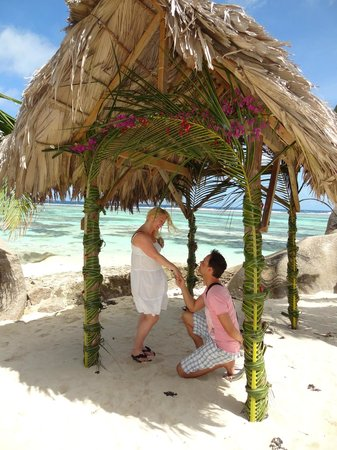 Anse Source D'Argent: Romantic