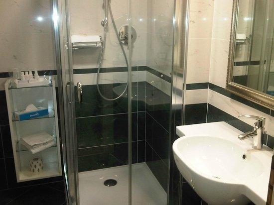 Hotel Oriente : bagno