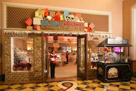 Atlantis, The Palm: xmas goodies