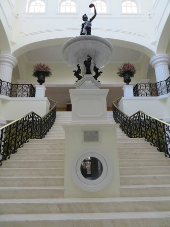 The Yeatman: Main staircase