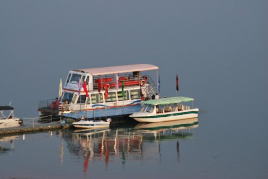 Madhya Pradesh, Indien: Type of boats for rent