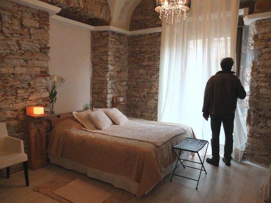 Classic Begur Hotel : Chambre sur rue 1er étage (sans balcon mais avec lit en 160)