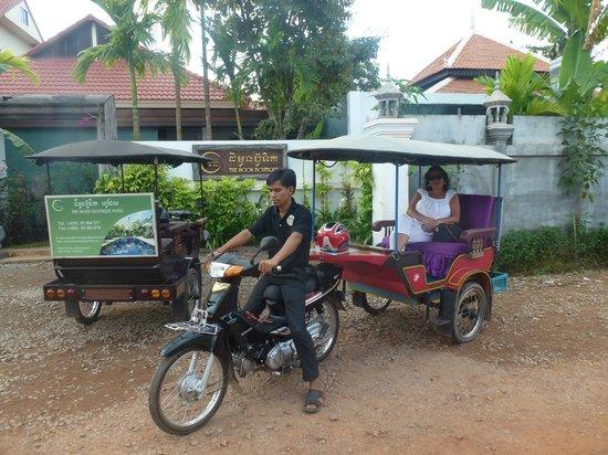 เดอะ มูน บูติค โฮเต็ล: Hoteleigenes Tuk-Tuk mit unserem liebenswürdigen Fahrer