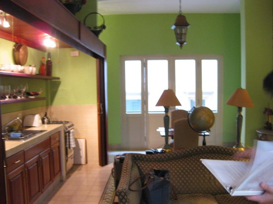 Los Cuatro Tulipanes: Part of our downstairs area - living room/dining/kitchen