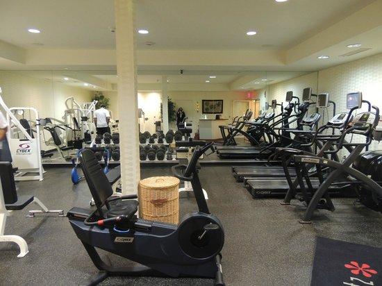 Westminster Hotel : HUGE gym