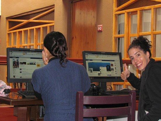 Casa Andina Classic - Puno Tikarani: Lucila en la zona de internet