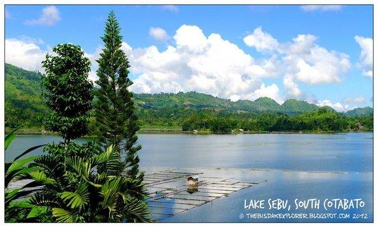 Lake sebu picture of punta isla lake resort lake sebu tripadvisor punta isla lake resort lake sebu altavistaventures Image collections