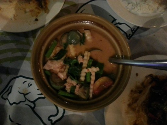 Bee Garden Cafe : Red Curry
