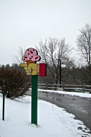 Ben & Jerry's: Ice cream road sign