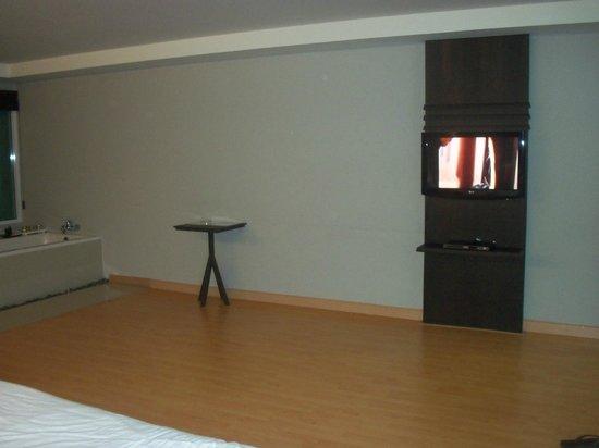 Casa Del M, Patong Beach: Room