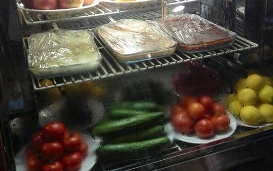 Gaziantep Kebab Salonu: Great appetizers.