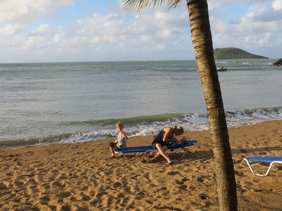 Langley Resort Hotel Fort Royal Guadeloupe: Gorgeous beach, but beware of the rocks