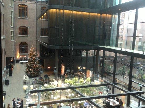 Conservatorium Hotel: lobby area