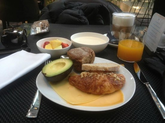 Conservatorium Hotel: my breakfast