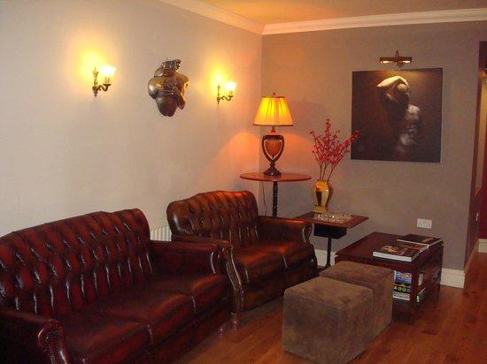 Hotel de Vie: Lounge area