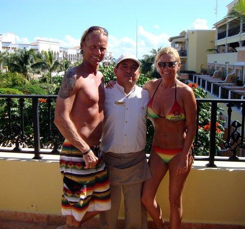 Gran Porto Resort: Chris, Felipe & Debi at Felipe's bar