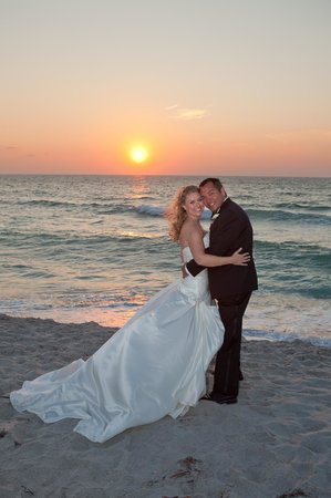 Tween Waters Inn Island Resort & Spa: beautiful sunsets!