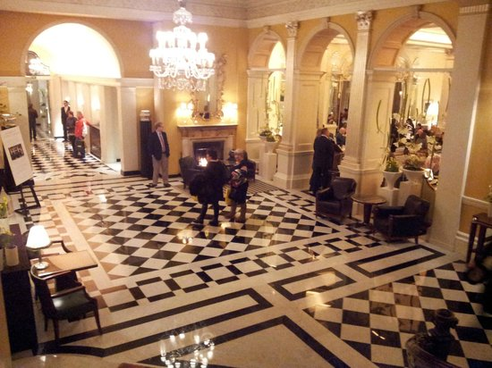 Claridge's: The Foyer