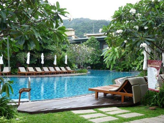 Metadee Resort and Villas: Pool