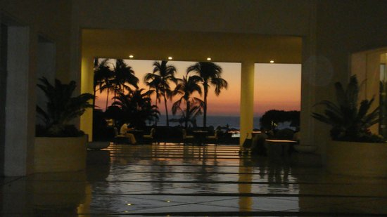 Grand Velas Riviera Nayarit: View from lobby