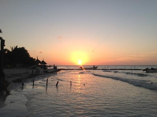 Beachfront Hotel La Palapa Adult Oriented : Sunset