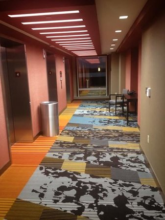Battle Creek, MI: elevators 4th floor