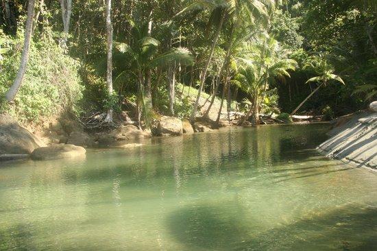 إل ريمانسو لودج: lagoon 
