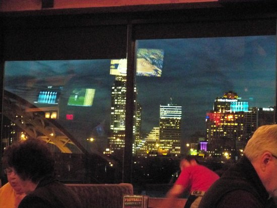 Buckhead Mountain Grill: View of Cincinnati from inside restaurant.