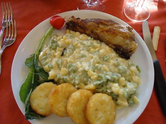 Hotel La Montanina : stinco di maiale con gocchi di patate e fritelline di riso