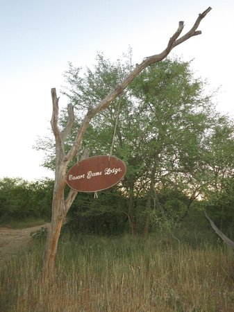 Casart Game Lodge: Sign at the entrance