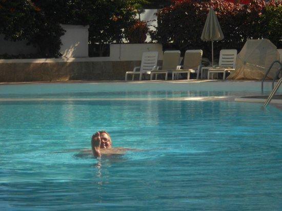 Bull Hotel Escorial & Spa: Pool