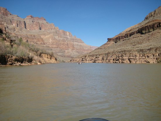 Grand Canyon & Beyond: Pontoon boat ride
