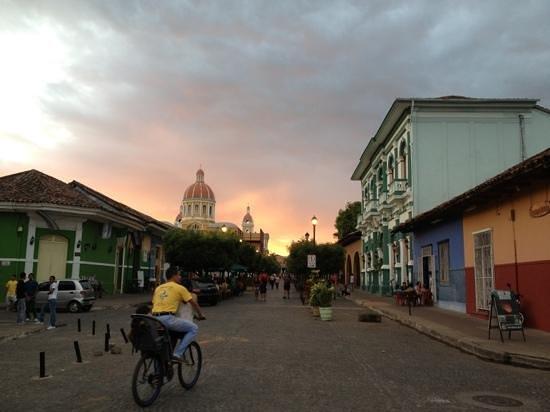 Hotel Casa de Alto : Granada, Calle Calzada with lots of bars and restaurants