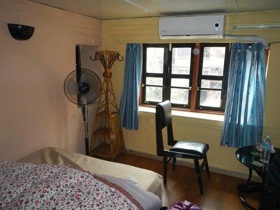Kathmandu Bed & Breakfast Inn: Third floor room.