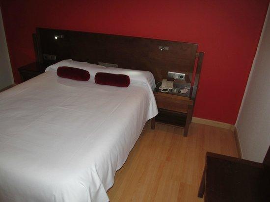 Hotel Costasol, Almería, room with bed
