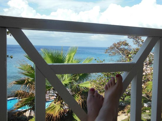 Home Sweet Home Resort: relaxing on the balcony