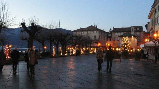 Lake Orta: Piazza di orte San Giulio