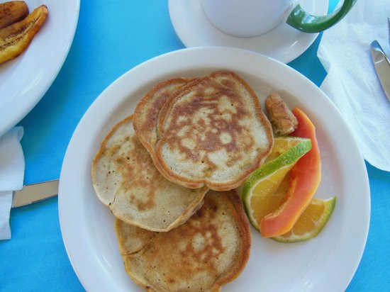 Home Sweet Home Resort: Terry's banana pancakes. YUM!