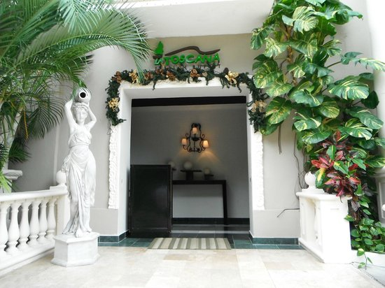 Sandos Caracol Eco Resort: Resto italien La Toscana buffet le midi et à la carte le soir