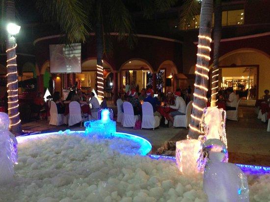 Ocean Maya Royale: Christmas' Eve